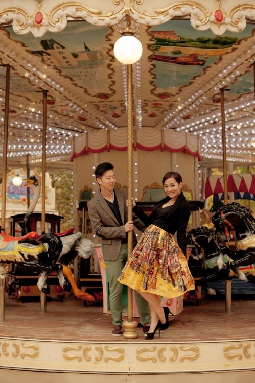eParis engagemnt shoot carrousel
