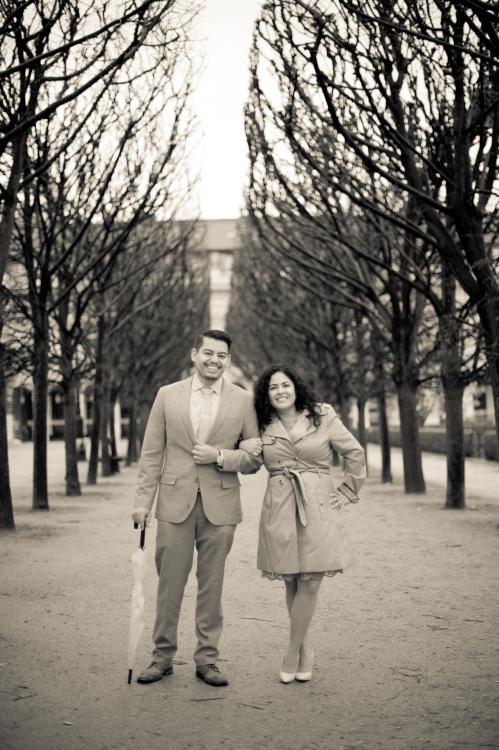 Juliane_Berry_Paris_Engagement_Photographer_15