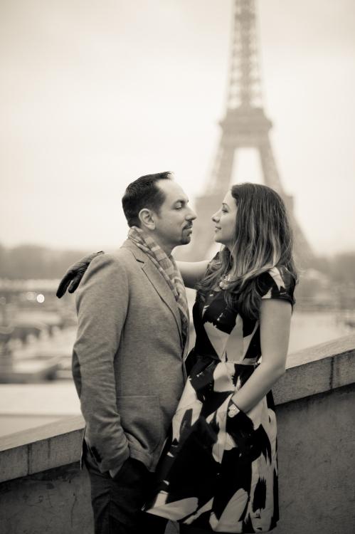 Juliane_Berry_Paris_Engagement_Photographer_05